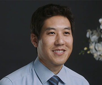 Dr. Tim Arakawa is an endocrinologist with Samaritan Health Services