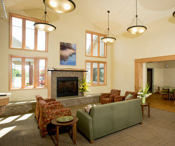 Evergreen-Hospice-House-main-room-001-CO