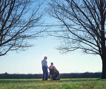 elderly-men-wheelchair-001-CO