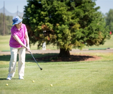 Cancer survivor uses her passion for golf to support Samaritan Cancer Resource Center