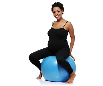 woman exercising during pregnancy