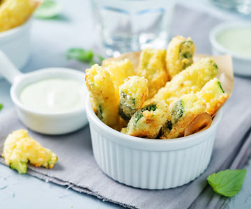 Baked zucchini fries are tasty and healthy.